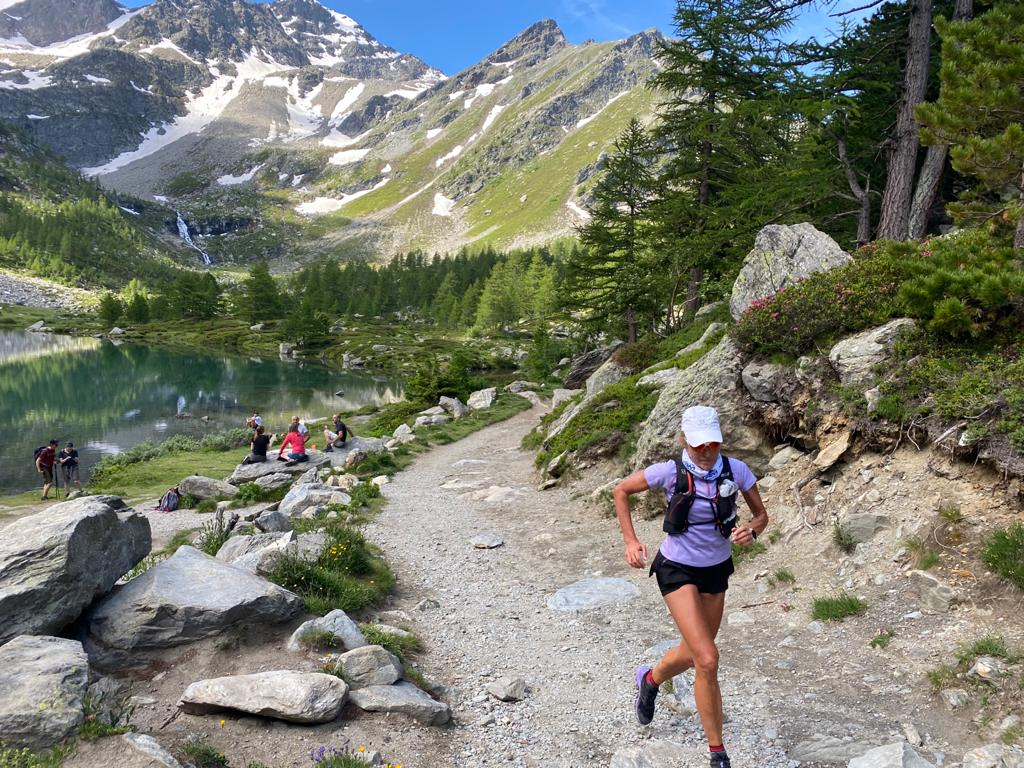 HOW TO TRAIN FOR DOWNHILL RUNNING WITH MICROCIRCUITS